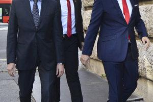 9. november 2016. Danko a Bugár prichádzajú na stretnutie s generálnym prokurátorom SR Jaromírom Čižnárom.