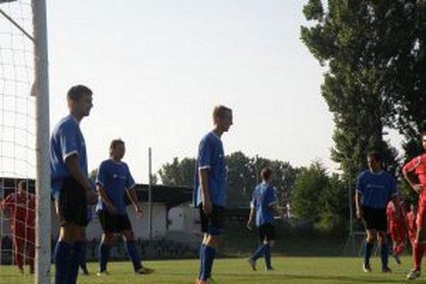 Novodubničania získali z dvoch zápasov tri body.