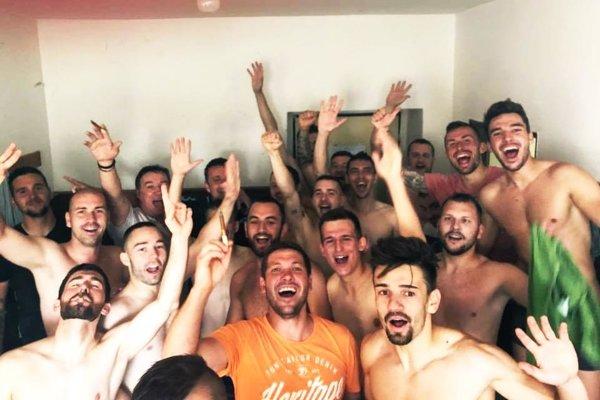 Futbalisti Nového Života po roku opäť vyhrali piatu ligu Juh.