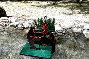 Vodný mlyn venovaný Máši a medveďovi.