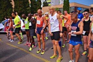 Tesne pred štartom Žiarskeho polmaratónu