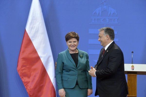 Poľská premiérka hľadá nové spojenectvá - s Maďarskom aj Britániou.