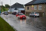 Po prietrži mračien ostali popradské ulice pod vodou