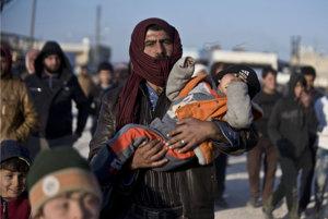 Sýrčania utekajú z Aleppa.