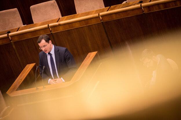 Minister Juraj Draxler počas svojho prejavu.