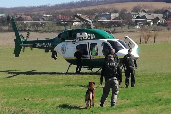 Polícia sa pochváli svojim vrtuľníkom.
