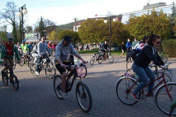 Cyklojazdy sa každoročne zúčastní množstvo Žilinčanov.
