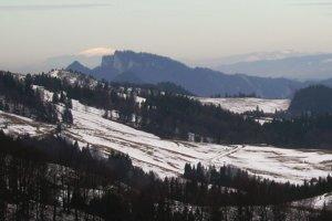 Majestátna Babia hora v netradičnom zákryte Troch Korún.