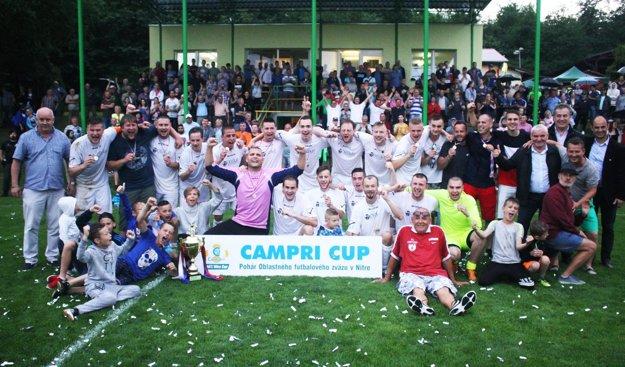 Víťazný tím FC Cabaj-Čápor.