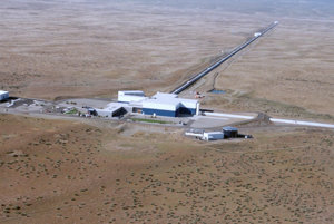 Experiment LIGO.