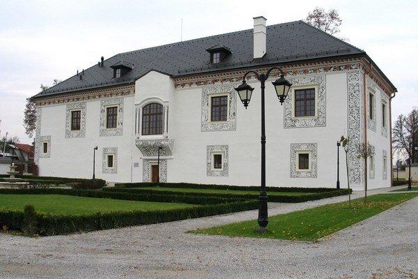 Konferencia bola v Sobášnom paláci v Bytči.