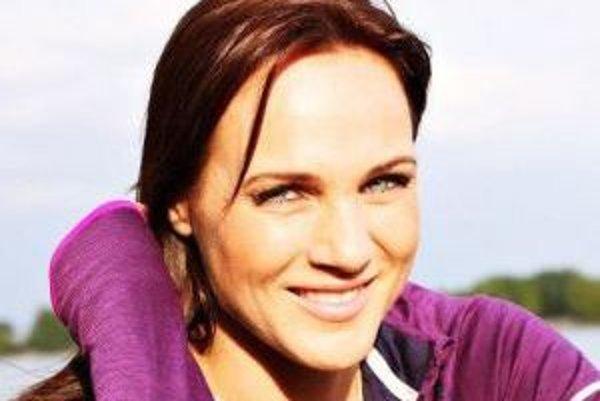 Adriana Poláková. Známa moderátorka vydala knihu receptov.