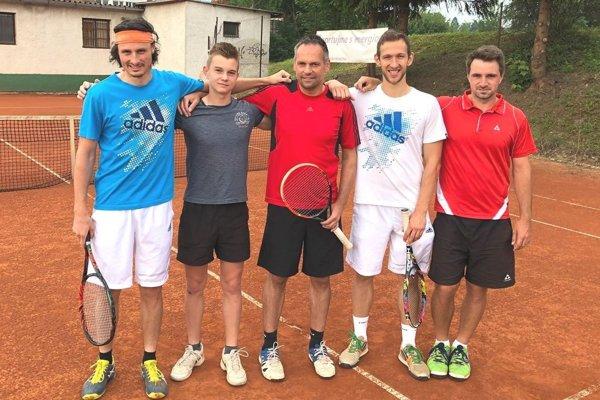 Zľava: Matej Baliak, Boris Herman, Miloš Herman, Peter Pištek, Daniel Vala.