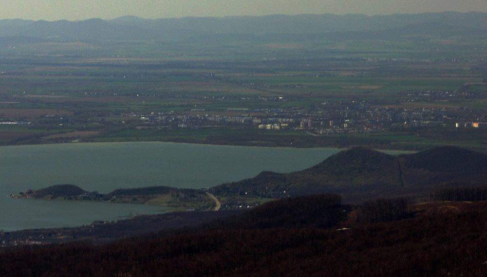 Michalovce pri Šírave z Vihorlatu.