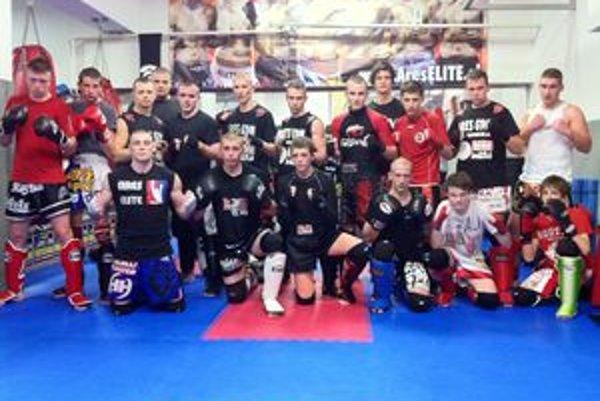 Thajskí boxeri z Ares Gymu AC Uniza Žilina.