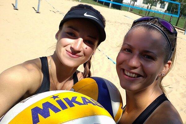 Magdaléna Kováčiková (vľavo) aJanka Šimanicová.