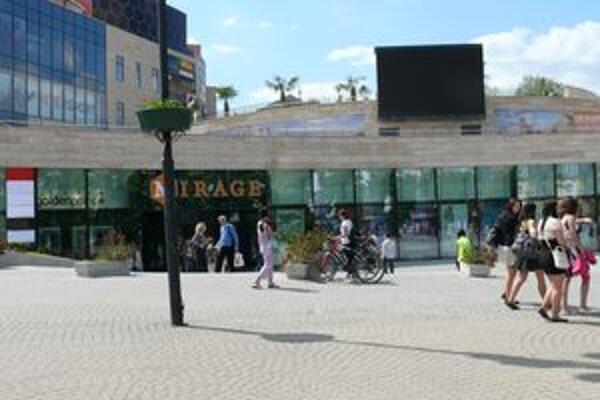 Obchodné centrum Mirage je pre niektorých Žilinčanom stále tŕňom v oku.