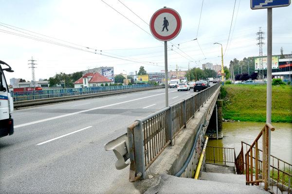 Most na Hlinkovej.