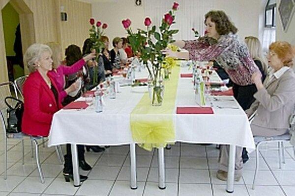 Týmto pedagógom sa poďakovali v Považskej Bystrici.