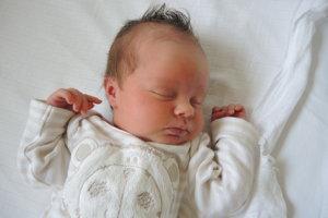 Karin Lasabová (2840g, 48cm) sa narodila 1. júna Darine a Michalovi z Partizánskeho. Doma už na sestričku čaká Lukáško (3 roky)