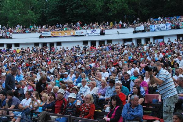 Myjavský amfiteáter Trnovce navštívili tisícky milovníkov folklóru.