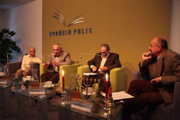 Juraj Pollák, Pavel Frankl, Peter Frankl a moderátor podujatia Tibor Máhrik.