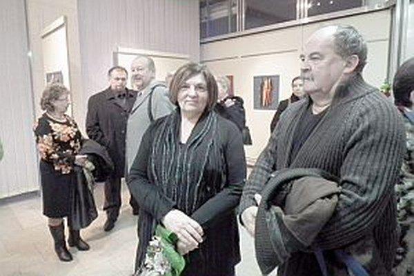 Autorka vystavuje svoje diela v kine Mier.