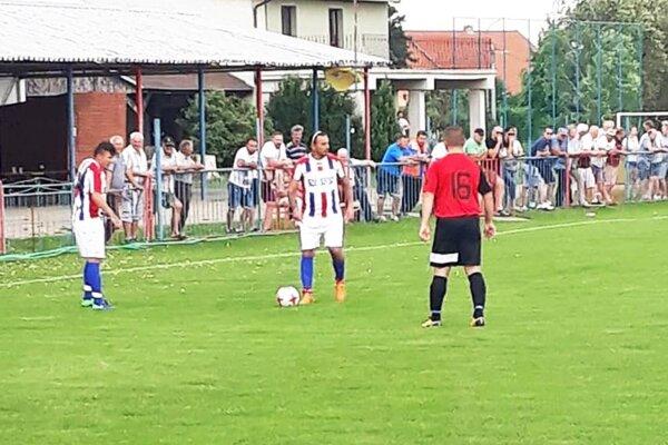 Pata v poslednom zápase doma rozstrieľala Jelku 7:0.