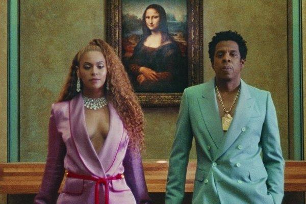 Beyoncé a Jay-Z nakrúcali nový videoklip v Louvri.