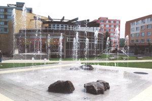 Chodníková fontána.