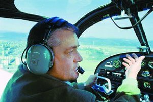 Ján Slota lietadlo aj rád pilotuje.
