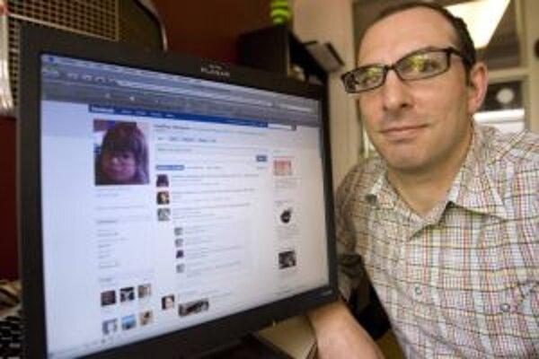 Facebook je populárny po celom svete. Prichádza aj medzi politikov v Žiline a okolí.