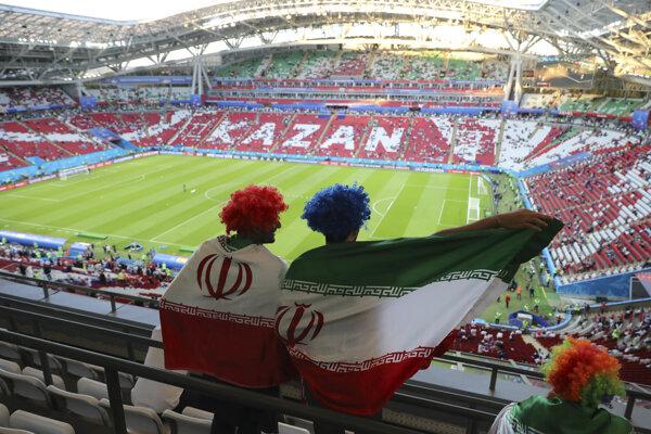 Iránski fanúšikovia sa snažili rušiť spánok hráčom Portugalska.