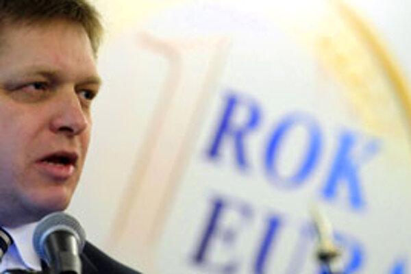 Robert Fico hodnotil rok eura na Slovensku.