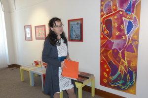 Tvorivé dielne viedla pedagogička galérie Elena Tarábková.