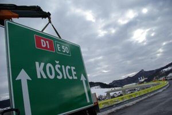 Diaľničný úsek pri Bytči a Beluši bude cez víkend uzavretý.