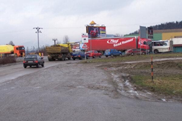 Na kritickom úseku pri vjazde do Žiliny zo Strážova sa minulý rok stalo 26 dopravných nehôd.