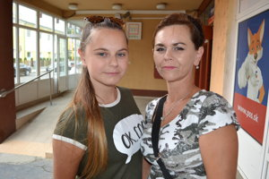 Jana a Lenka (20).