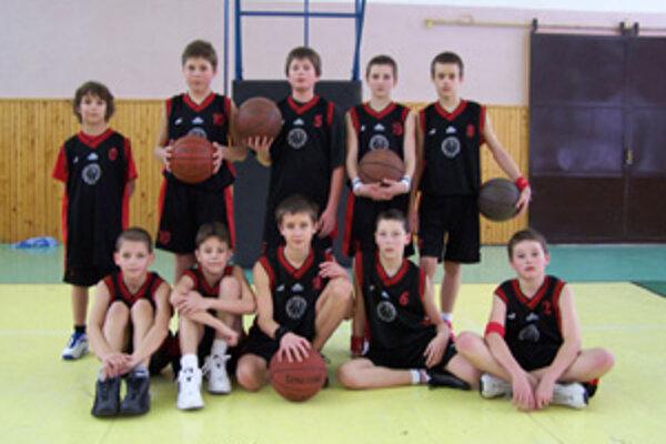 Mladší žiaci MBK Žilina skončili na vianočnom medzinárodnom basketbalovom turnaji BADEM v medzinárodnej konkurencii na piatom mieste.