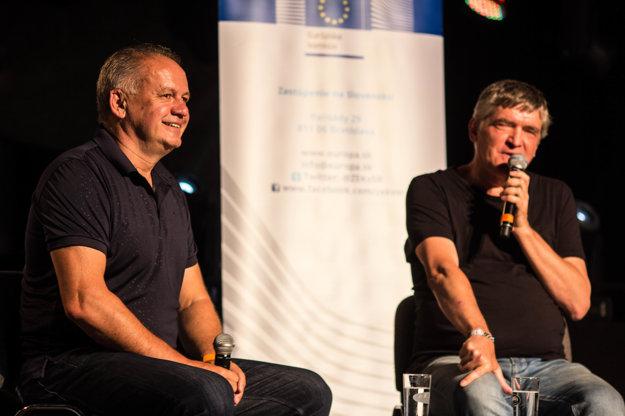 Andrej Kiska na diskusii so Štefanom Hríbom.