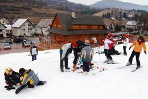 Úbytok turistov je vidieť od polovice februára.
