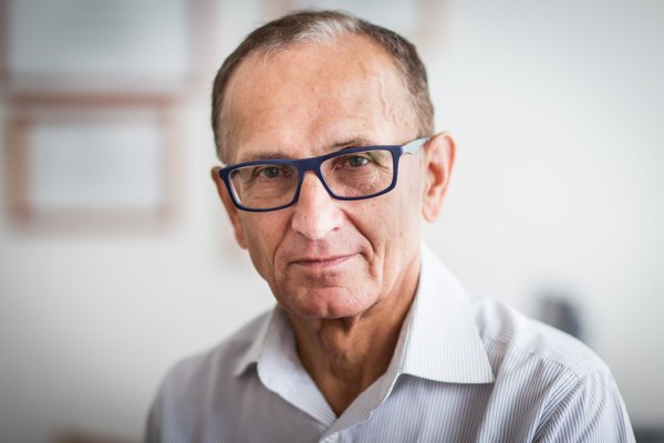 Ľubomír Okruhlica pôsobí v Centre pre liečbu drogových závislostí v Bratislave.