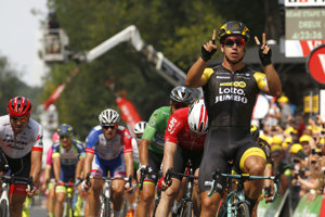 Peter Sagan končí tretí v 8. etape na Tour de France 2018, víťazí Dylan Groenewegen.