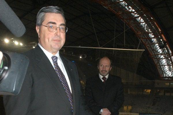 John Goodish počas svojej košickej éry v Steel Aréne. Svojim nasledovníkom odporúča vyššie investície do výroby.