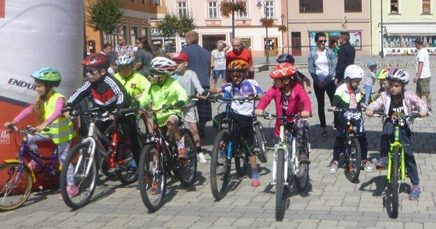 Zapojili sa i najmladší cyklisti.