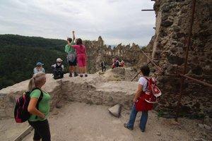 Na hrade tento rok vznikne Čitáreň Richarda Kafku aj sála venovaná kráľovnej Barbore Celskej.