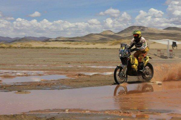 Už iba dve etapy delia Štefana Svitka od vyrovnania najlepšieho výsledku z roku 2012 na Rely Dakar.