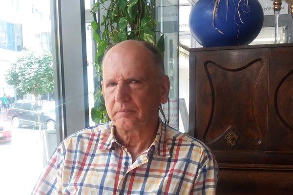 Jaroslav Antoš pôsobil v špičkových ústavoch jadrovej fyziky po celom svete.