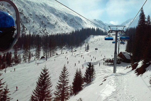 Želáme peknú lyžovačku.