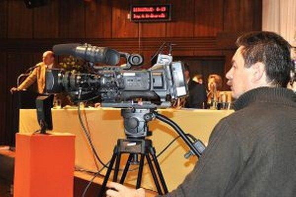 V TVDK možno budú vysielať priame prenosy z mestského zastupiteľstva.